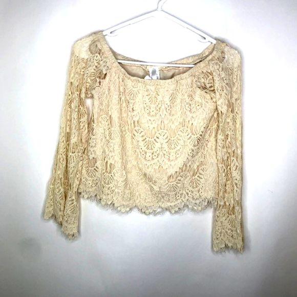 Rush Tops - Rush Lace Off the shoulder Sm  Crop top